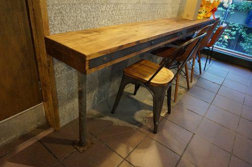 手作りカウンターテーブル